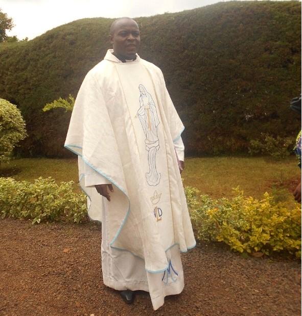 https://babadjou.net//news/img/ordination_babadjou2.jpg